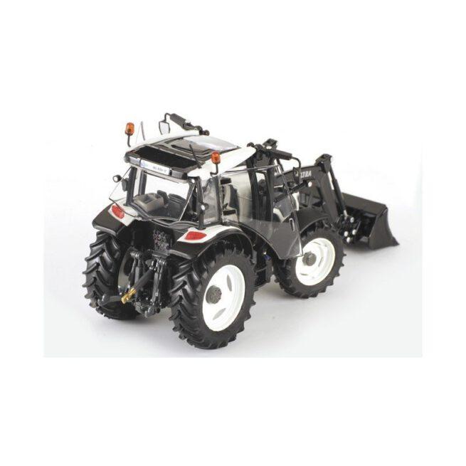 Valtra A104 HiTech met FL Voorlader