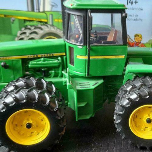 John Deere 8650 National Farm Toy Show 2016