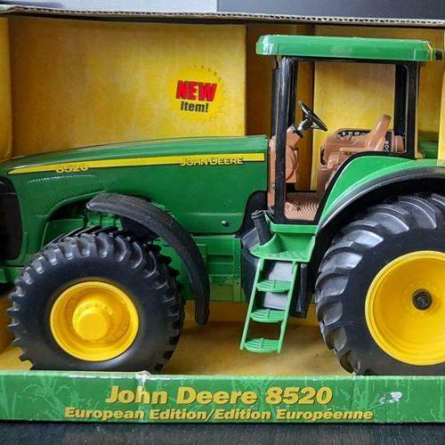 John Deere 8520 European Edition 1:16