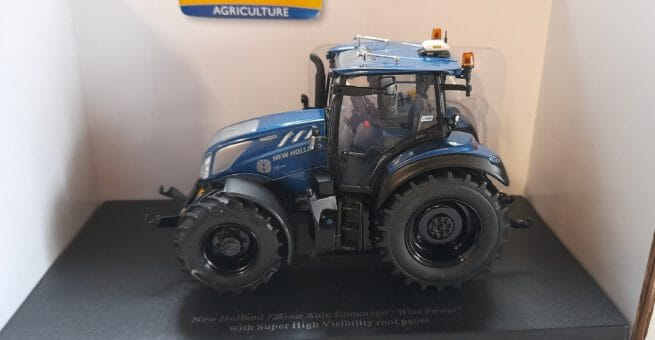 New Holland T5.140 Blue Power Low Cab Panorama
